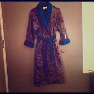 Women's Robe,  plush and comfy!